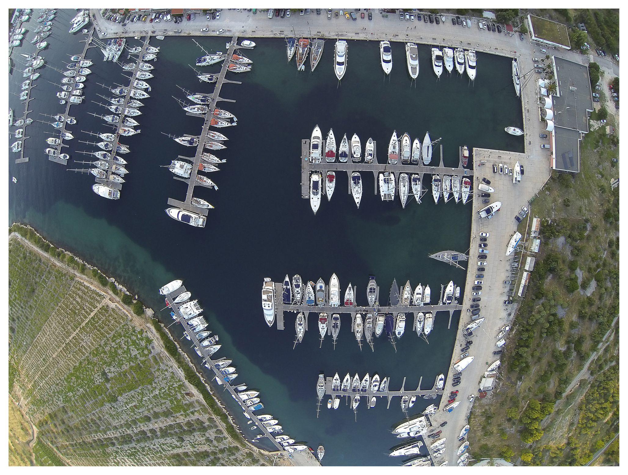 Air picture Marina Parking - Kremik Marina