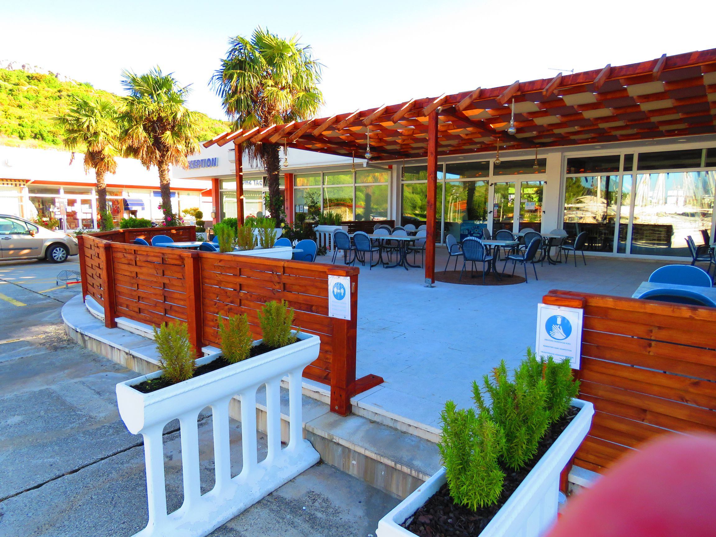 Restaurant Terrace - Kremik Marina